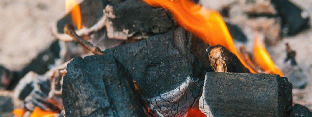 Carbón para Corte Supremo de Asado Argentino